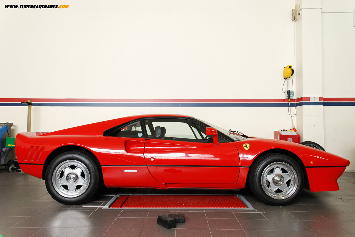 Supercarfrance.com Photos, 1200x800, Fonds d'écrans, Wallpapers, Supercars, Ferrari  288 GTO, Mclaren SLR, Enzo, 250 GT Pininfarina, Lamborghini LP640, ...